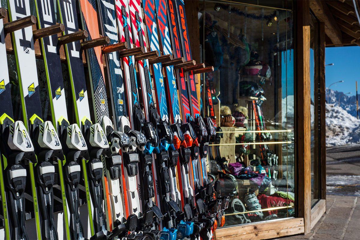 Negozio di sci