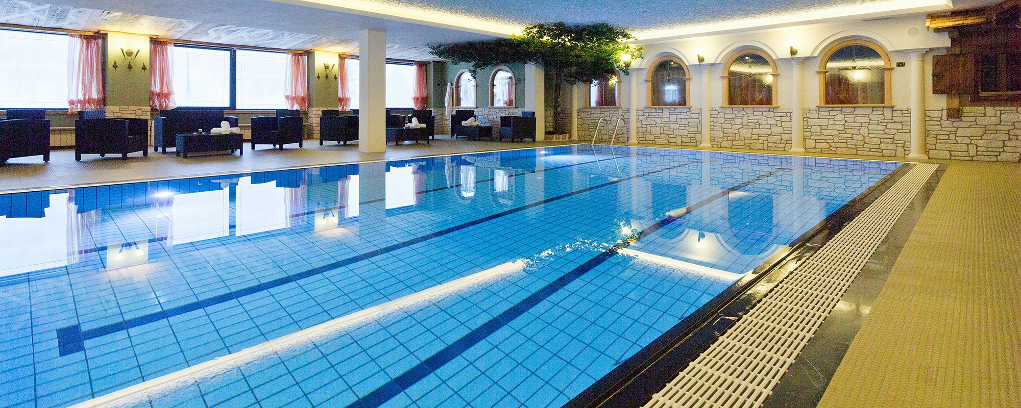 piscina Hotel Arnika